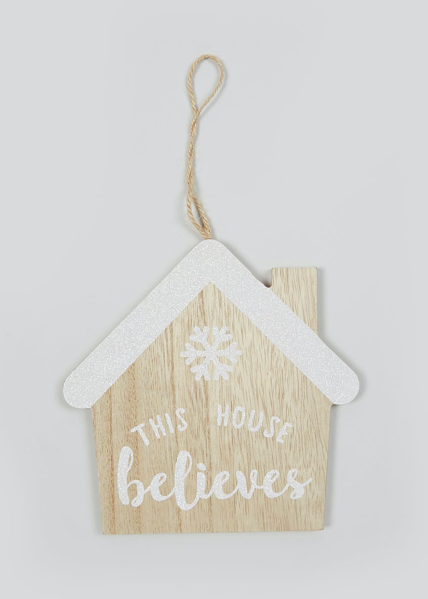 This House Believes Wooden Christmas Sign (16cm x 16cm)