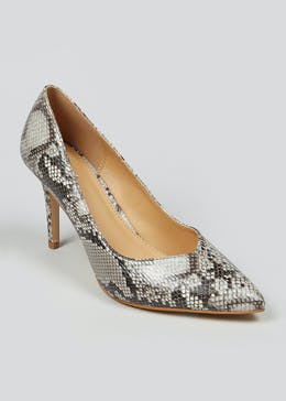 Pointed Snake Print Court Shoes