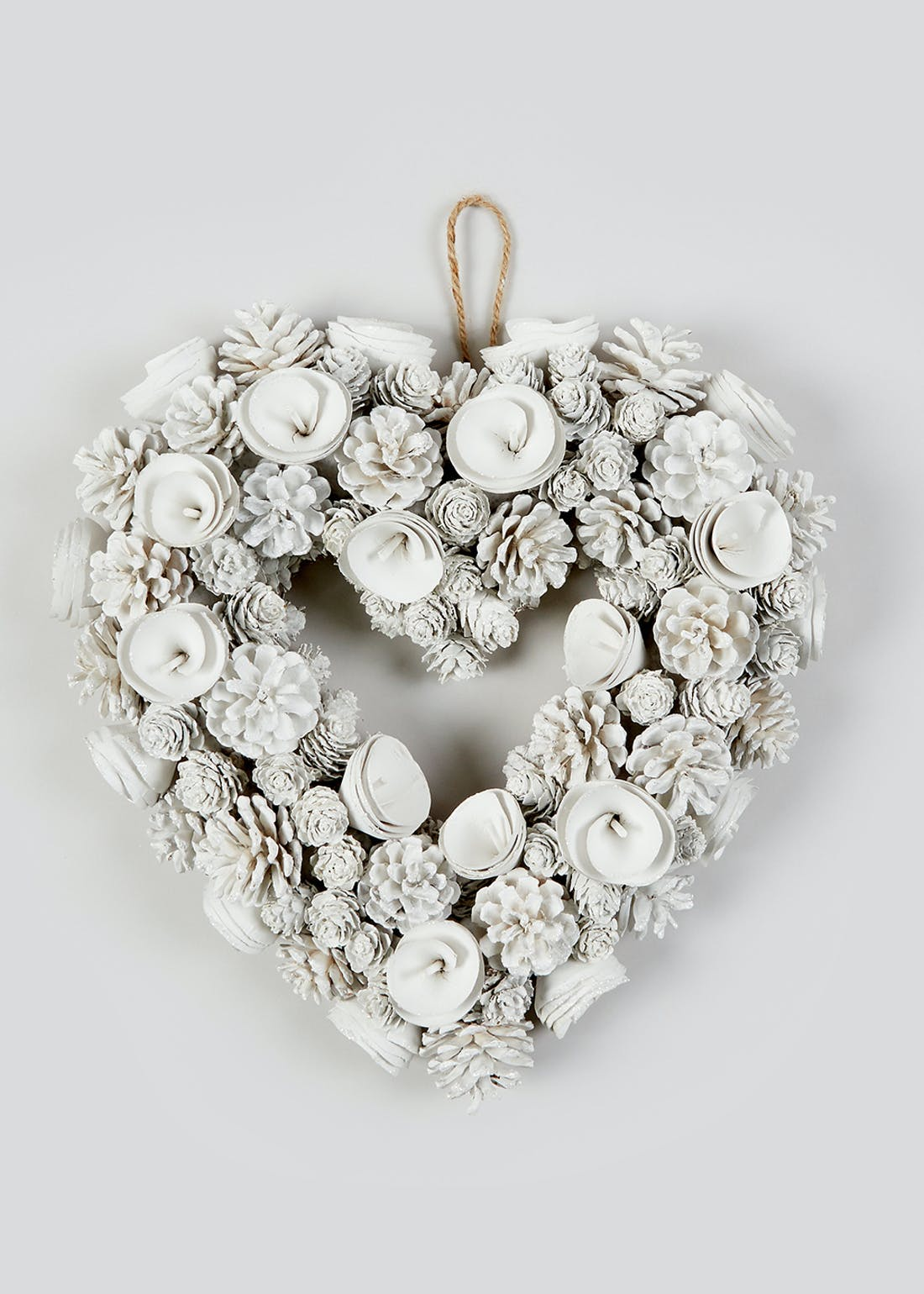 Floral Heart Christmas Wreath (38cm)