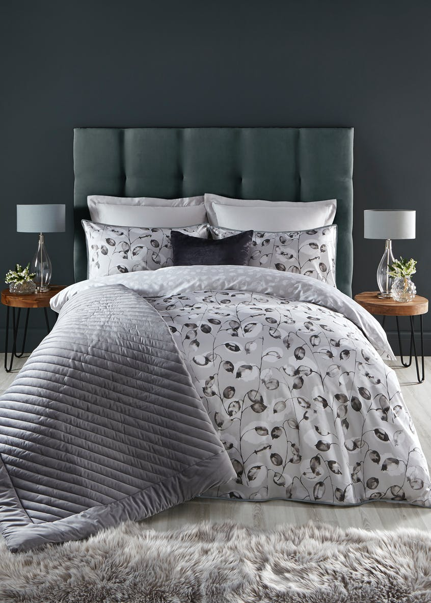 Farhi By Nicole Farhi 100% Cotton Leaf Print Duvet Cover