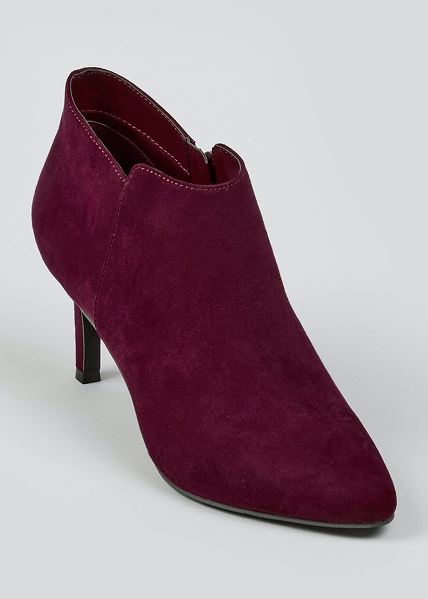 Pointed Shoe Boots