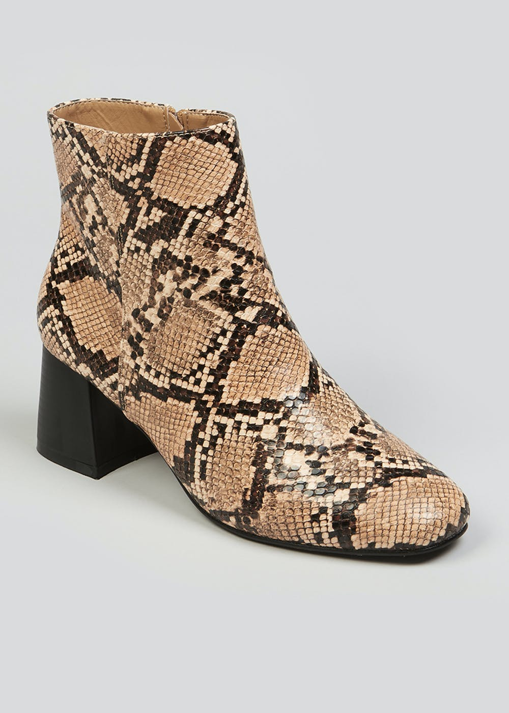 Chloé Rylee Cutout Snake-effect Leather Ankle Boots In