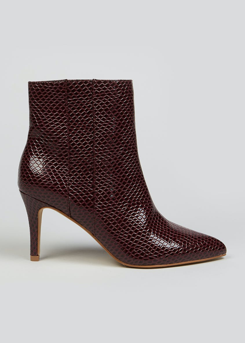 Wide Fit Point Boots