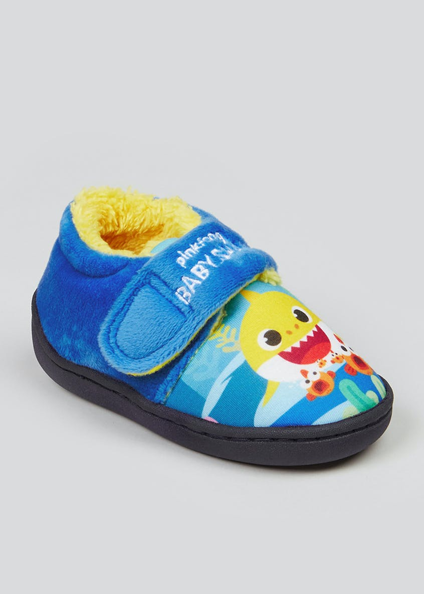 Kids Blue Baby Shark Co-ord Slippers (Younger 4-9)