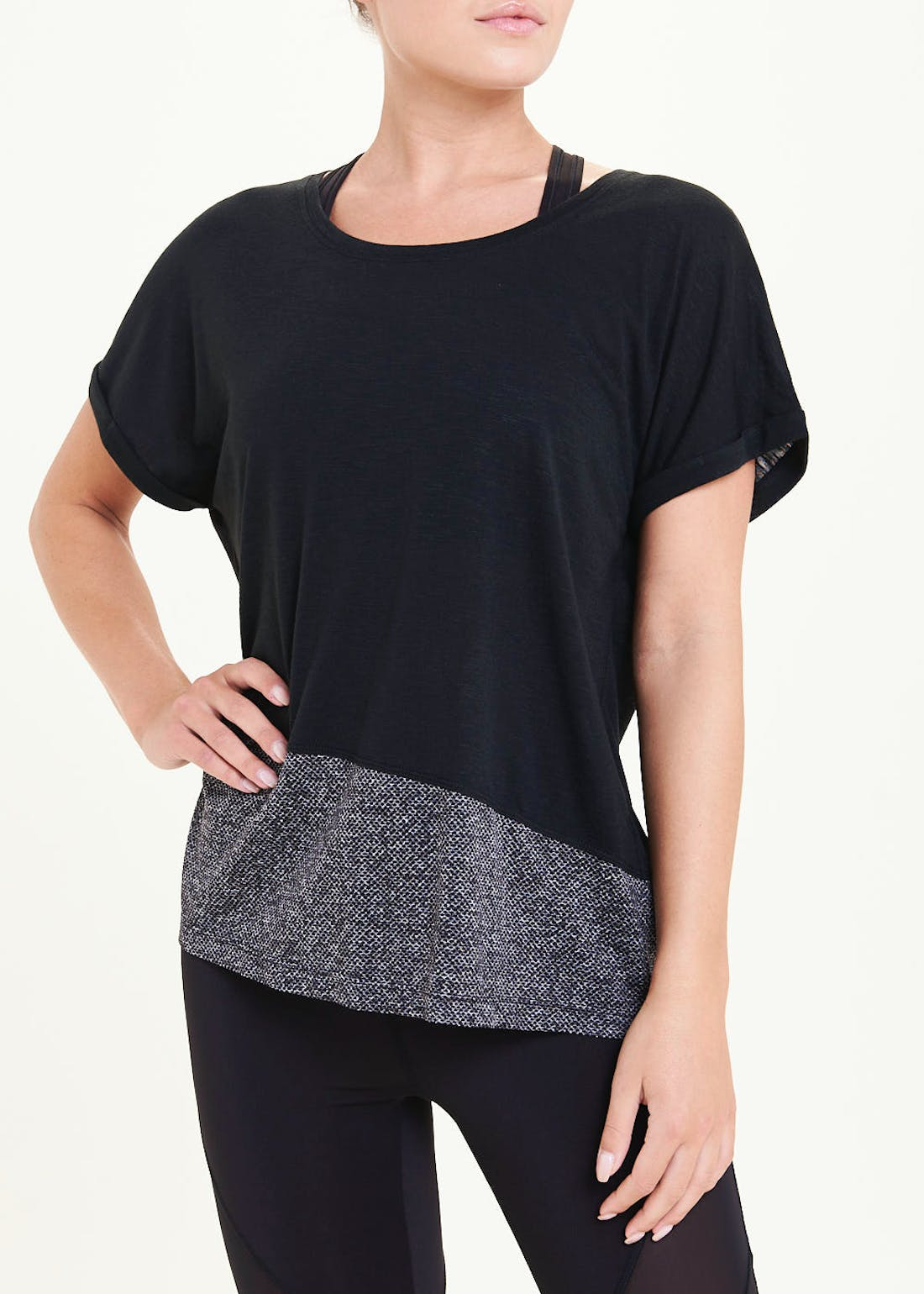 Souluxe Black Mesh Panel Gym T-Shirt