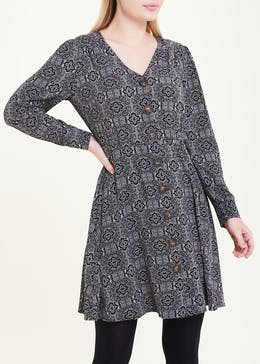 Black Long Sleeve Tile Print Dress