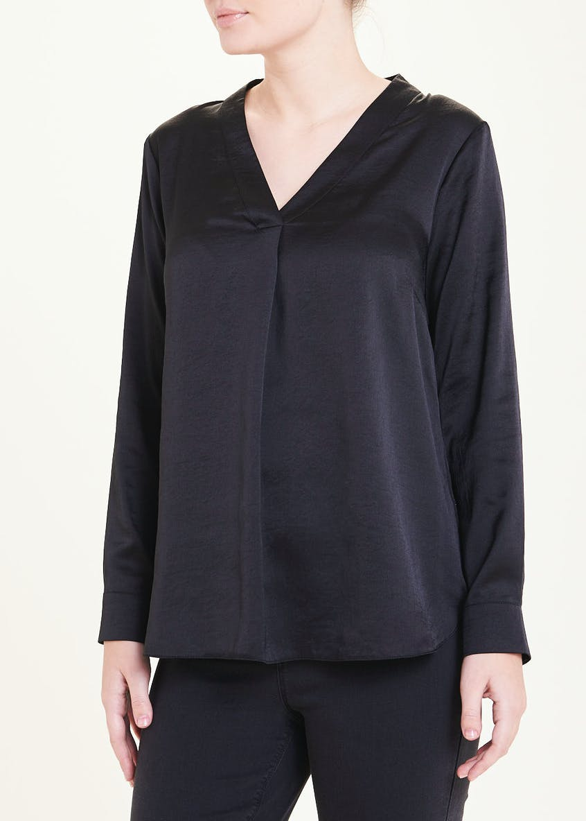Black Long Sleeve V-Neck Blouse