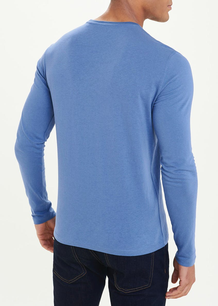 Essential Long Sleeve T-Shirt