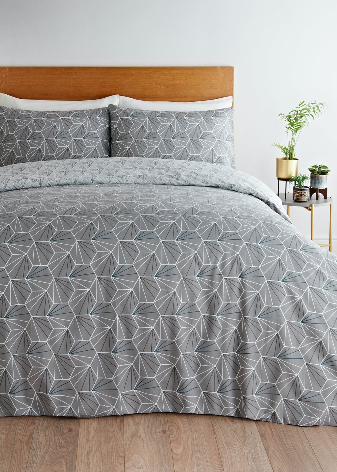 Reversible Geo Hexagon Duvet Cover