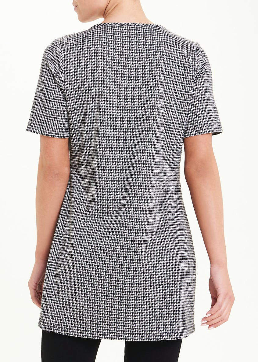 Short Sleeve Dogtooth Tunic Top