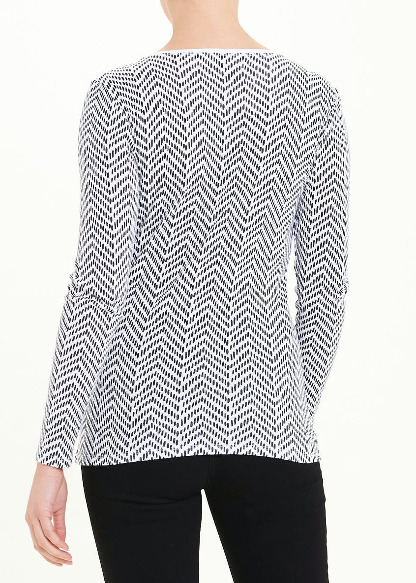 Perfect Abstract Chevron Long Sleeve T-Shirt