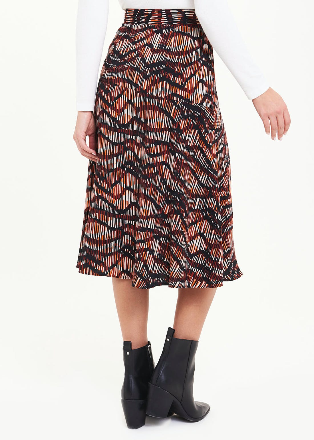 Sketched Wave Button Side Flared Midi Skirt