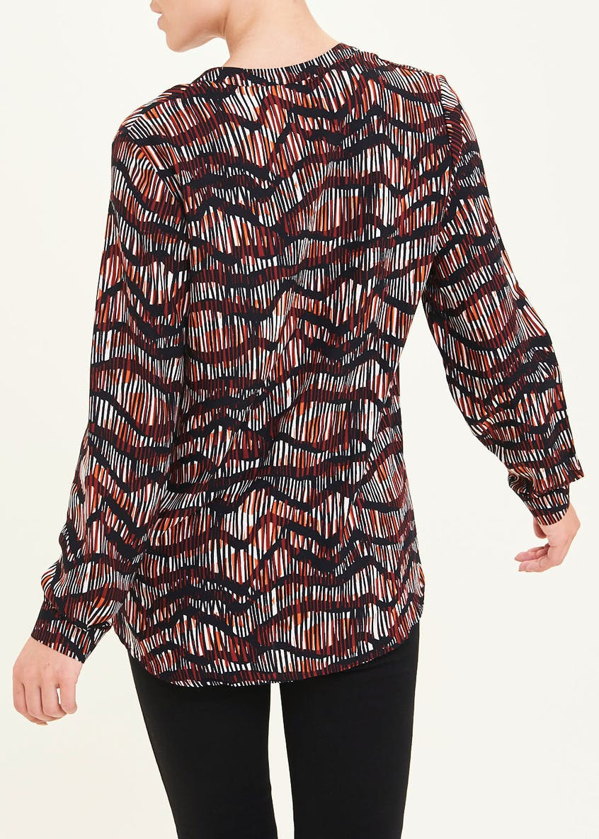 Long Sleeve Sketched Wave Blouse