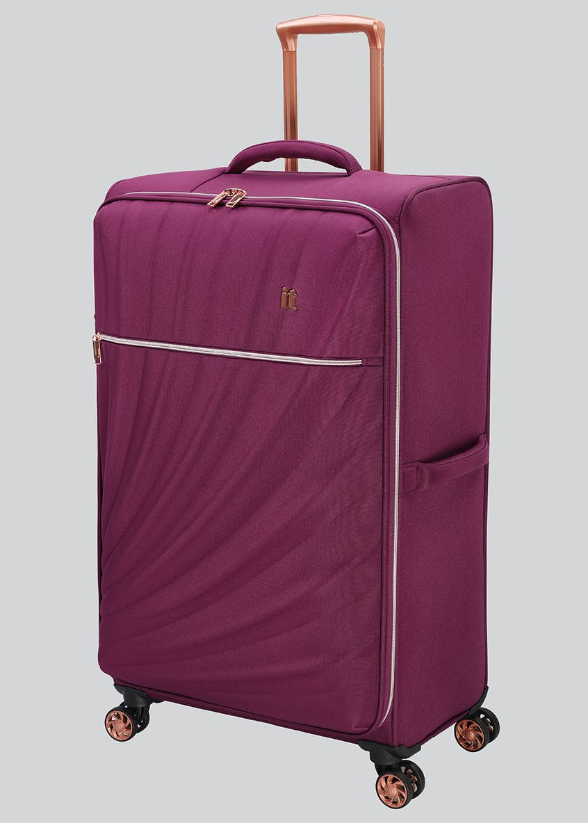 IT Luggage Divinity Suitcase
