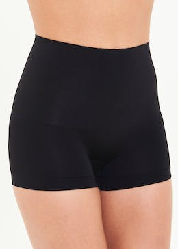 3 Pack Seam Free Light Control Shorts