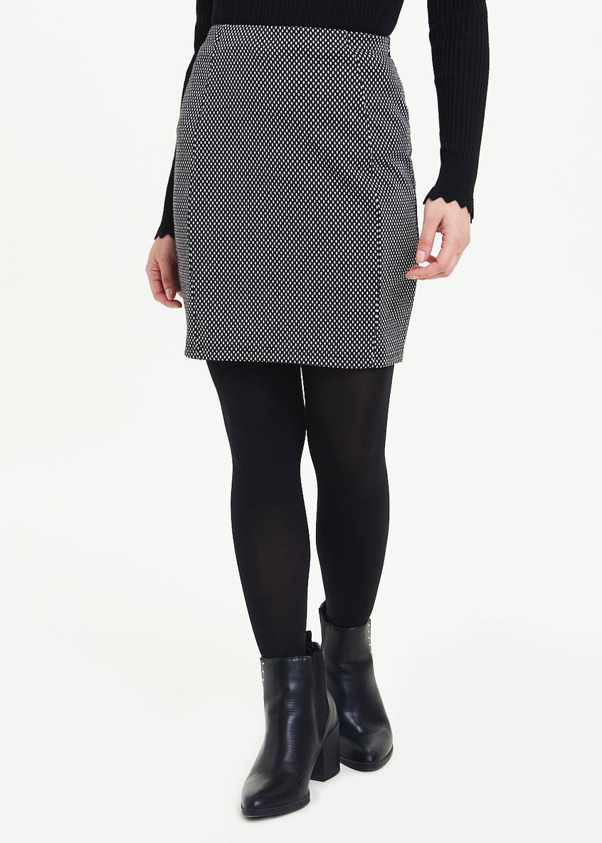 Papaya Petite Textured Dot Mini Skirt