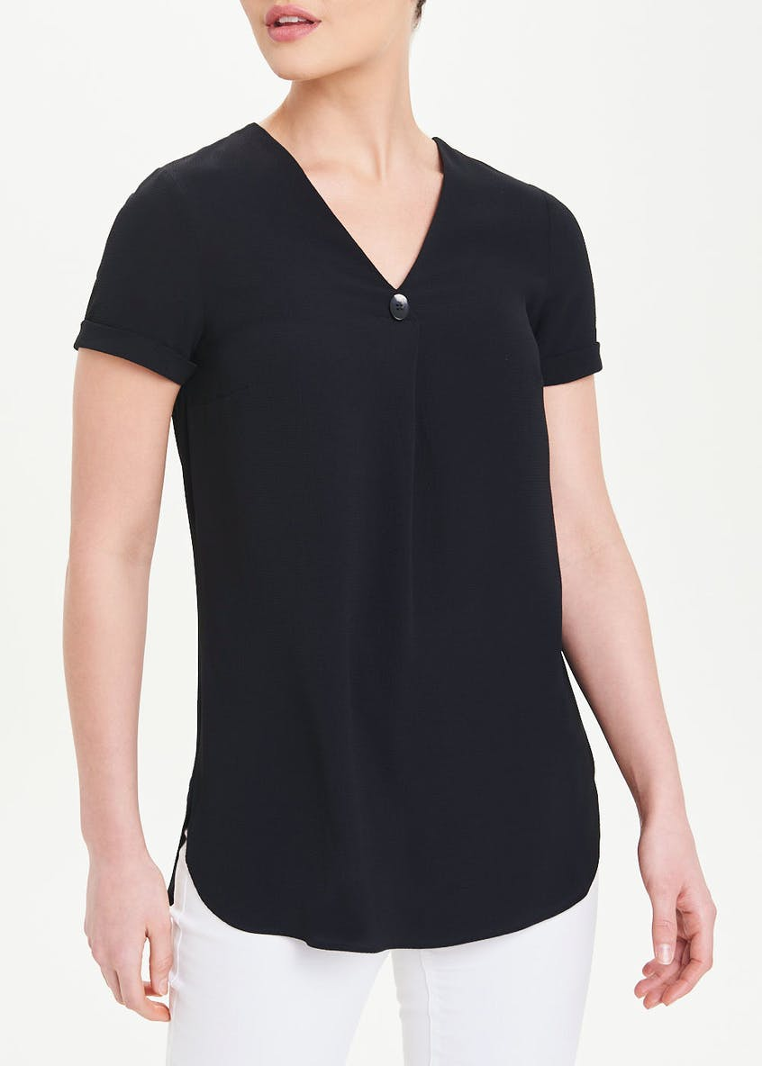 Black Short Sleeve V-Neck Top