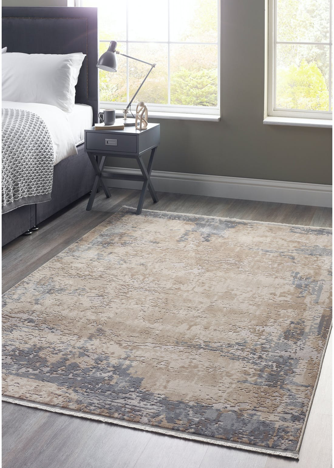 Etched Fringe Rug (Medium)