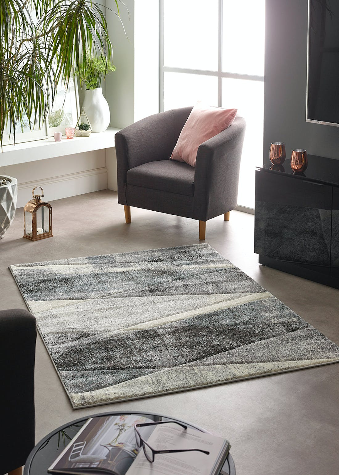 Abstract Ombre Rug (Medium)