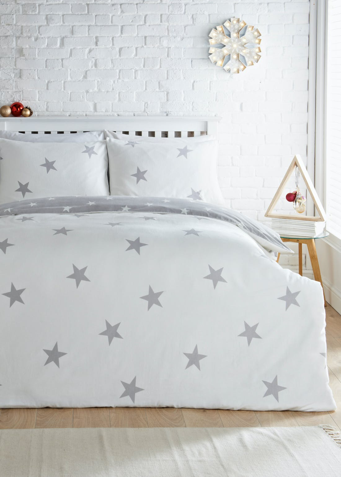 Reversible Star Print Brushed Cotton Christmas Bedding