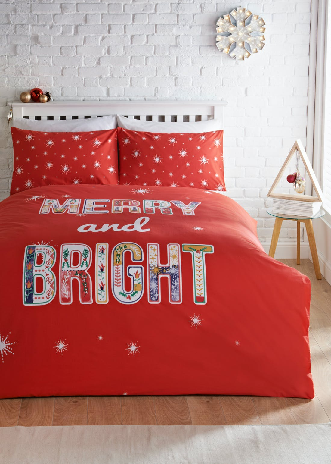 Merry & Bright Christmas Bedding