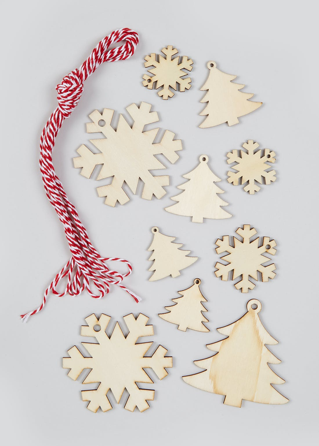 10 Pack Wooden Christmas Present Toppers