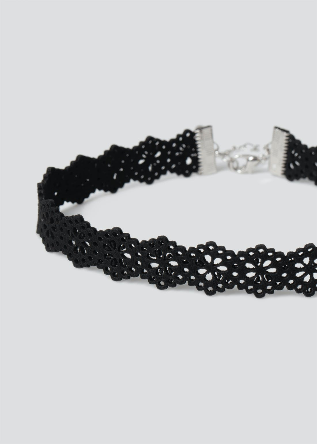 Laser Cut Flower Choker