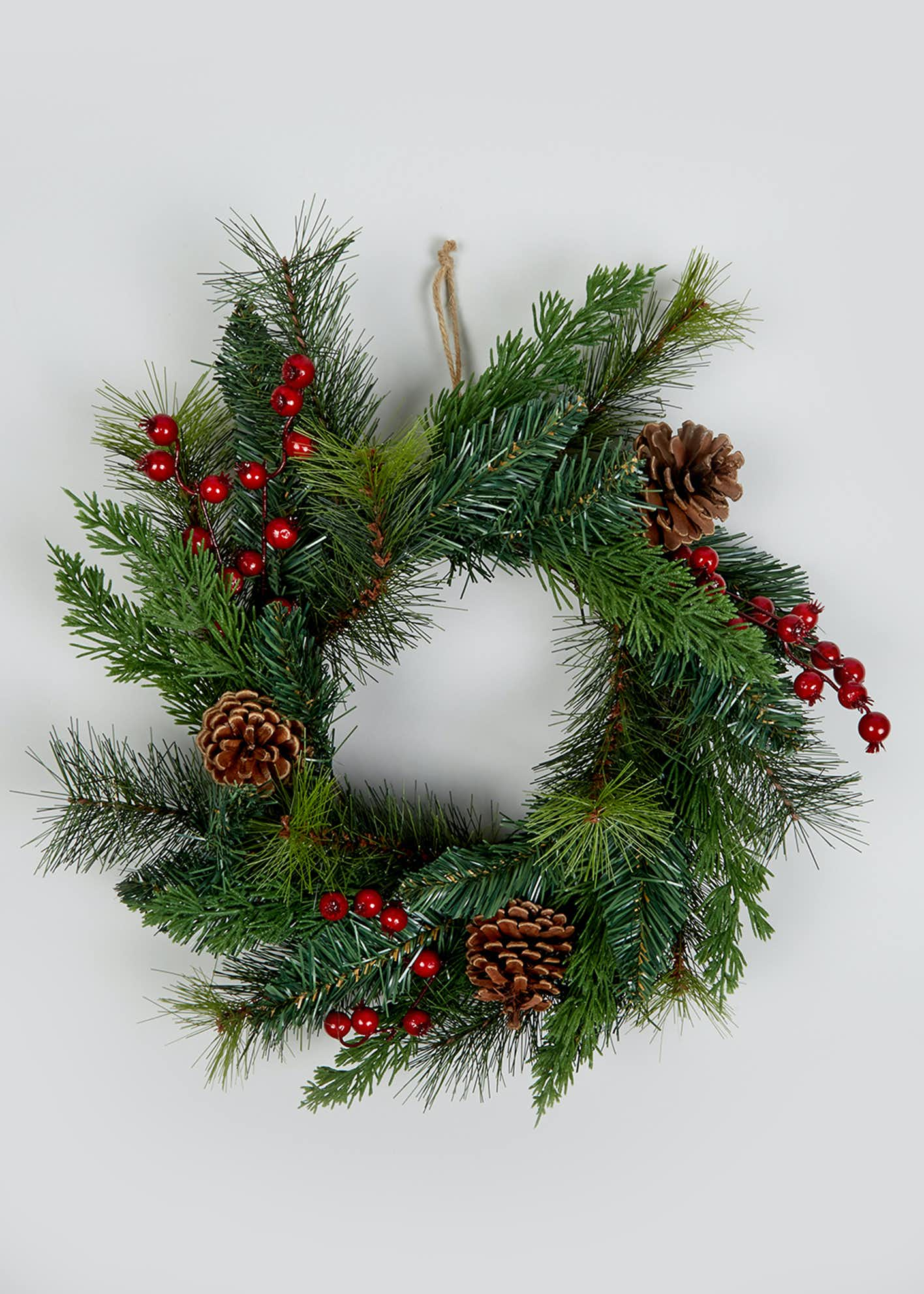 Traditional Christmas Wreath (40cm)