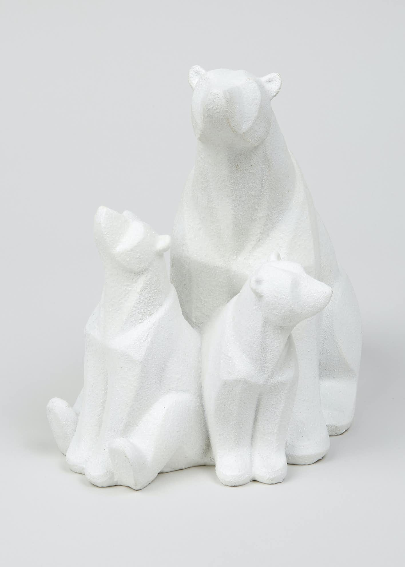 Polar Bear Family Ornament (26cm x 25cm x 20cm)
