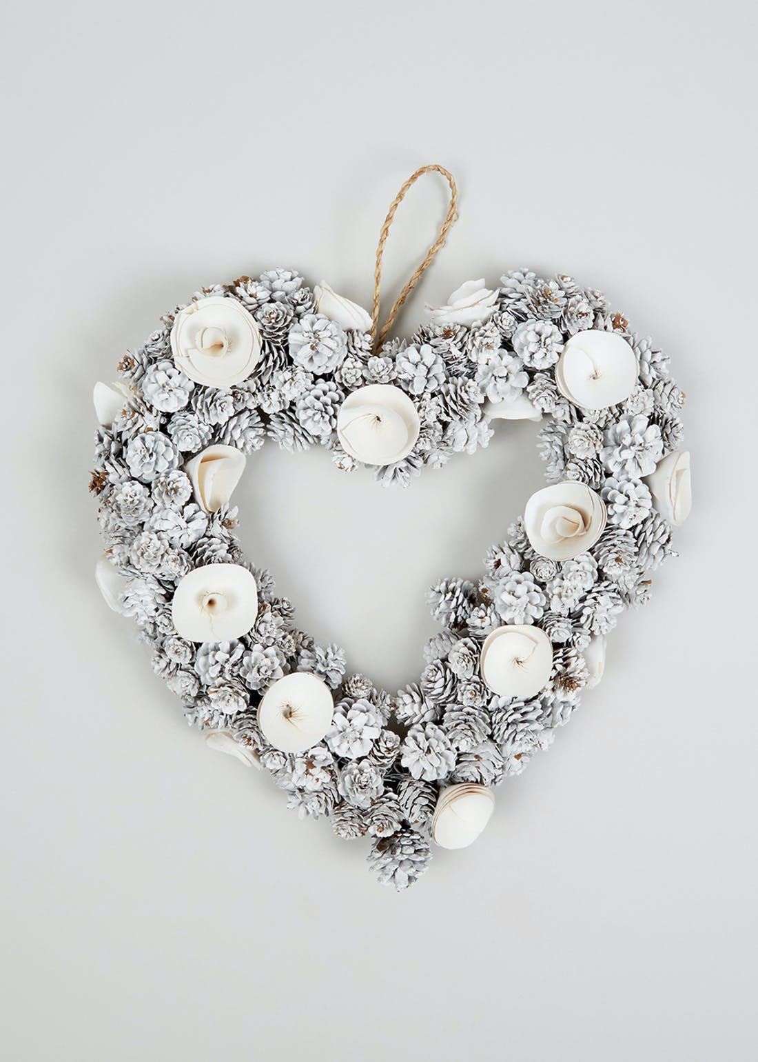 Heart Christmas Wreath (40cm x 30cm)