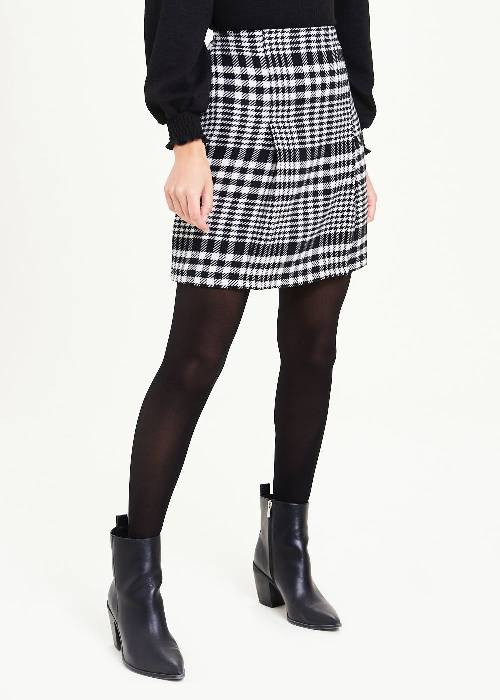 Check Pleat Front A-Line Skirt – Black