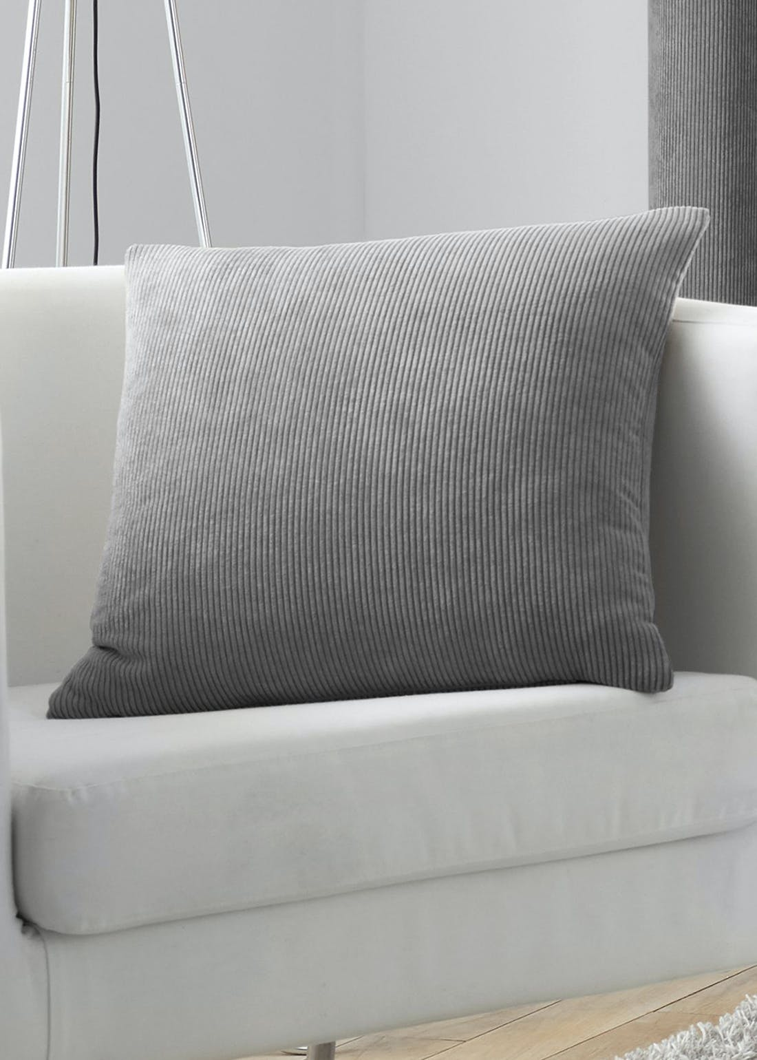 Curtina Kilbride Cushion (43cm x 43cm)