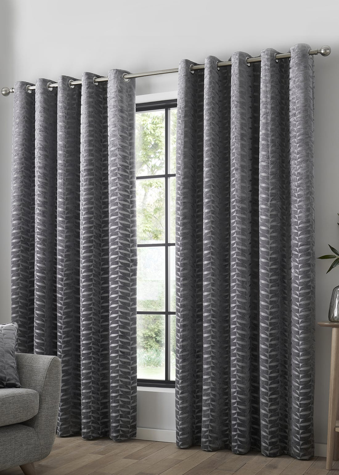 Curtina Kendal Eyelet Curtains