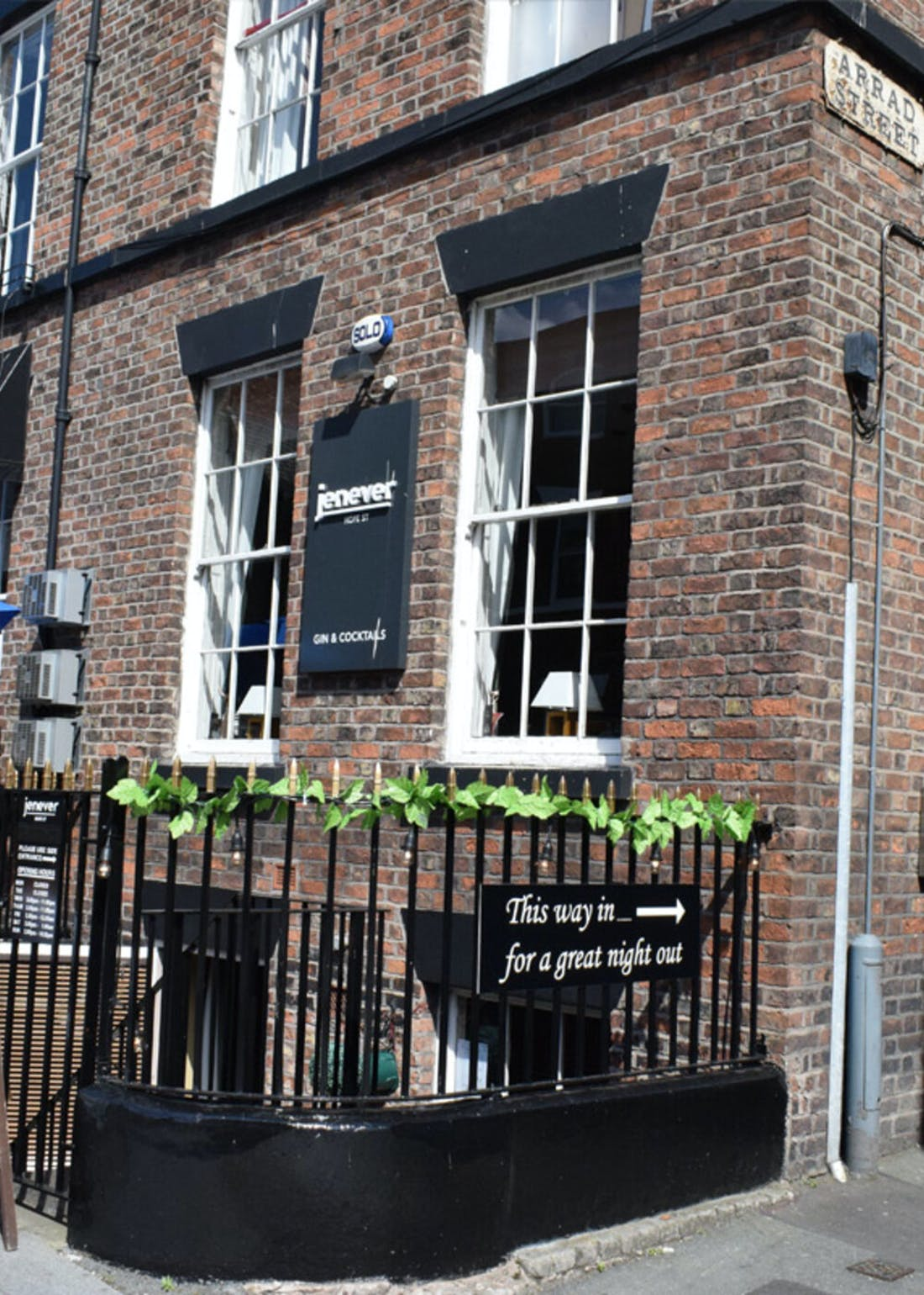 Virgin Experience Days Gin Tasting for 2 at Jenever Liverpool