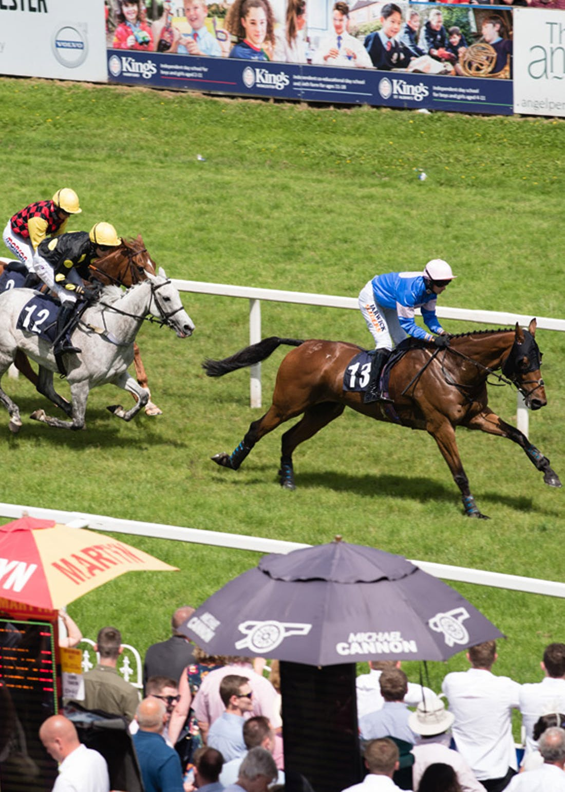 Virgin Experience Days Winning Horse Racing Day for 2