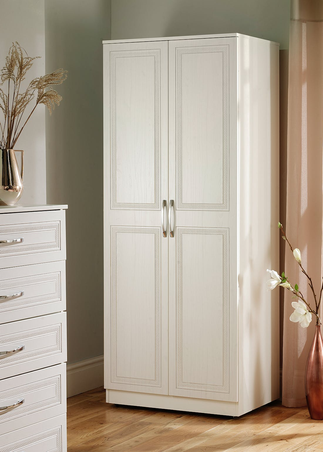 Swift Ashford Triple Wardrobe (182.5cm x 111cm x 53cm)