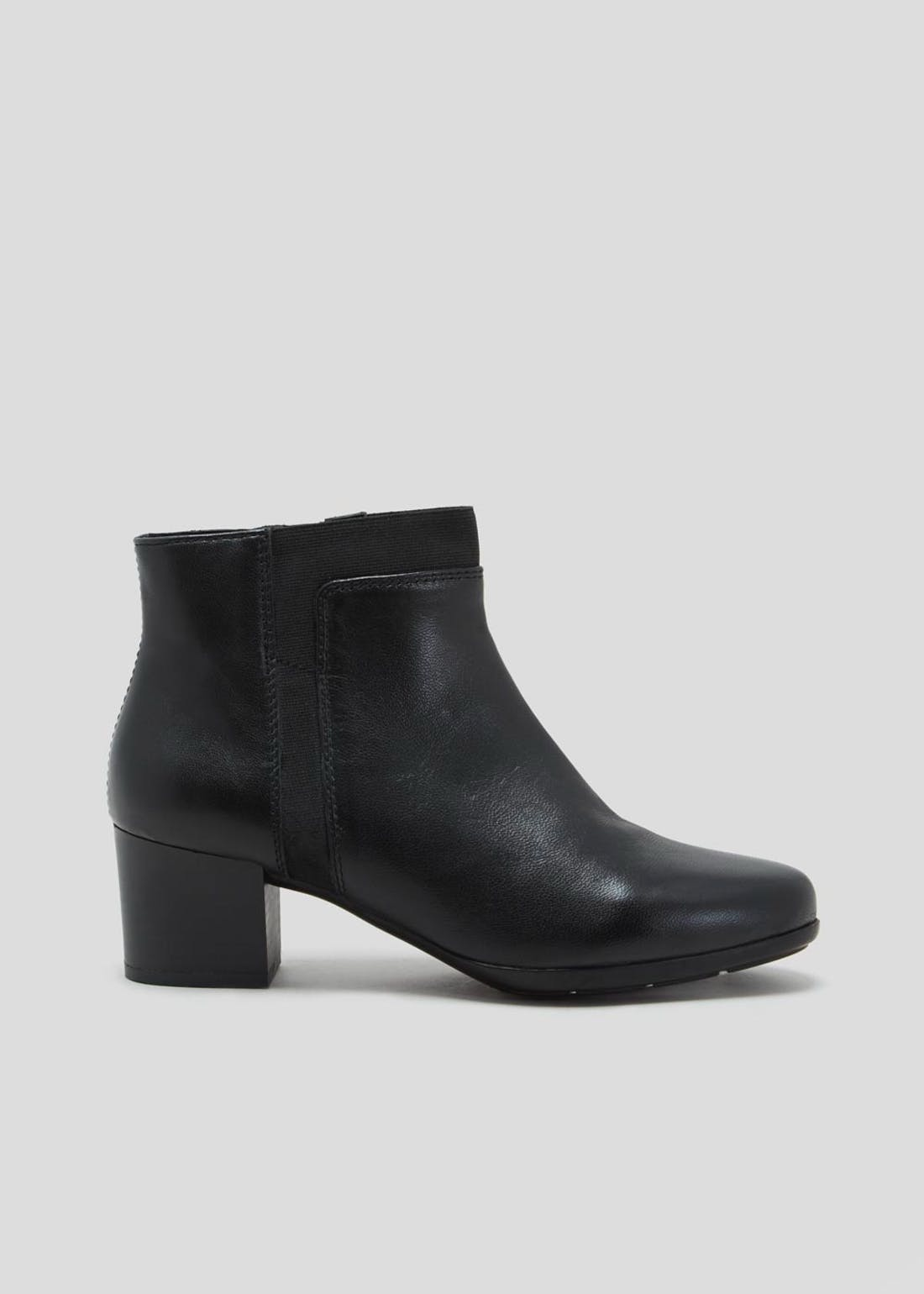 Soleflex Black Real Leather Heeled Ankle Boots