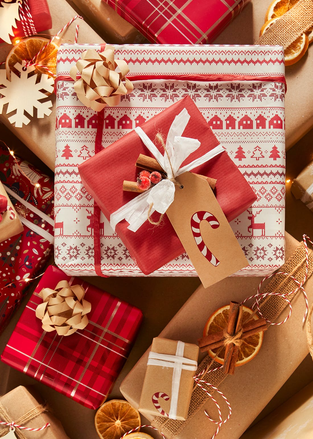 Ultimate Festive Compendium Christmas Gift Wrapping Pack