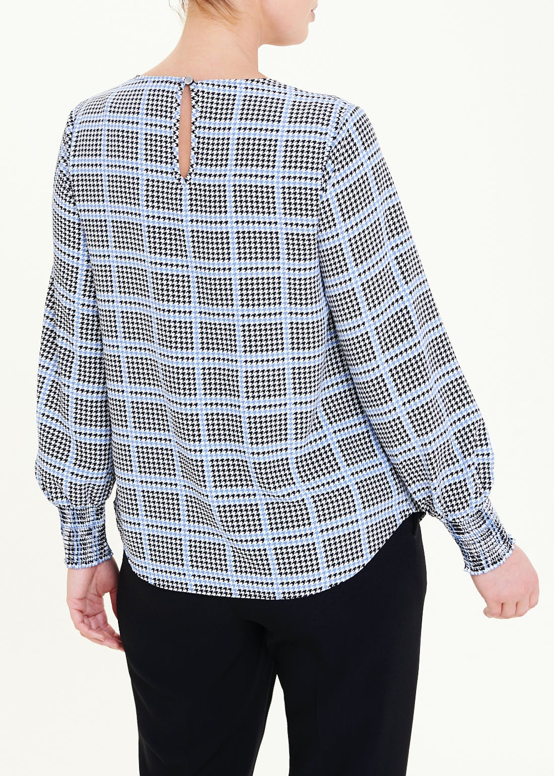 Check Shirred Puff Sleeve Blouse