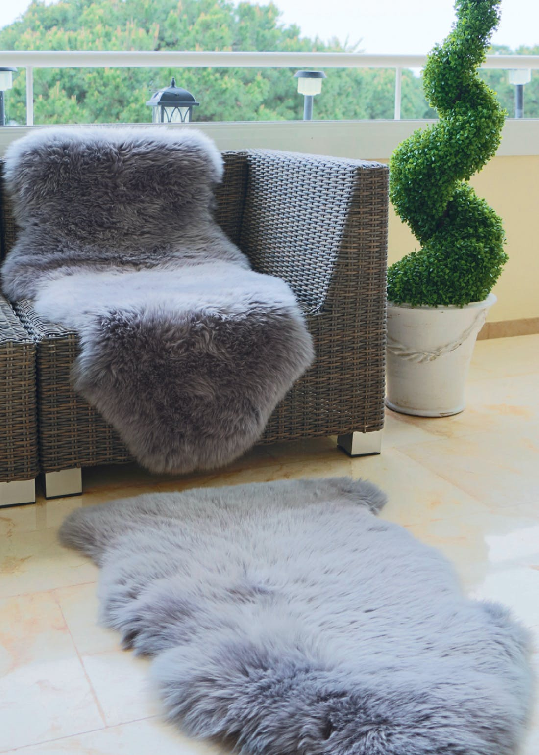 Origins Grey Genuine Sheepskin Rug (95cm x 65cm)