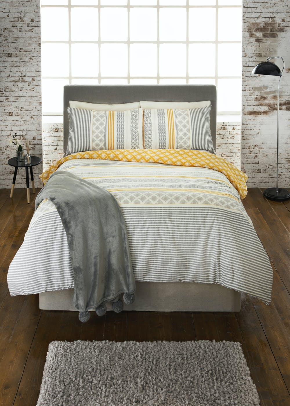 100 Cotton Aztec Duvet Cover 200 Thread Count Grey