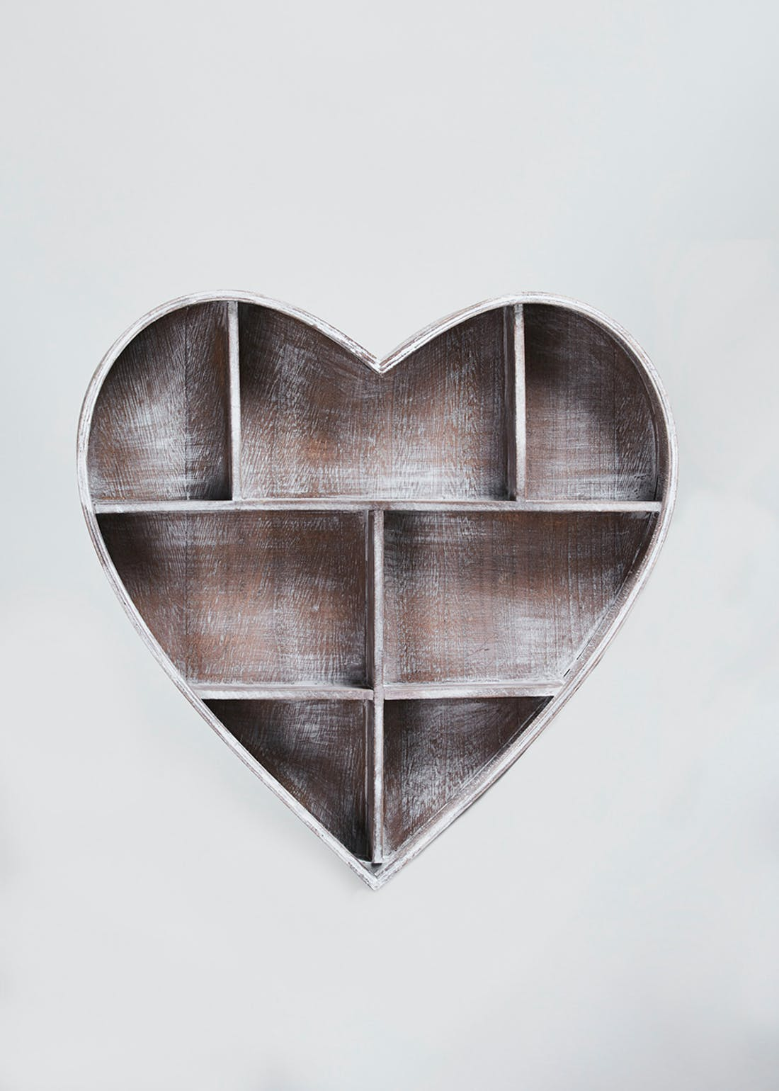 Heart Shaped Shelf (38cm x 33cm)
