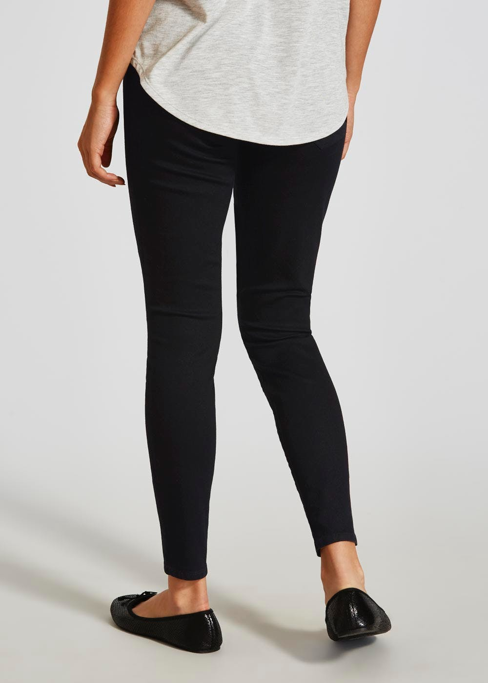 Womens Motherhood Maternity Jeggings Pants Size XS Black Wash. $ 0 bids. Purchased from motherhood maternity. Size XS. Refer to the first picture for actual wash and color (hard to photograph). Please review all pictures and ask questions! Items will ship once payments has Liz Lange Maternity Khaki Jeggings. $