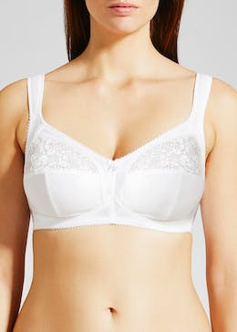 Non-Wired Maximum Support 3 Part Cup Bra